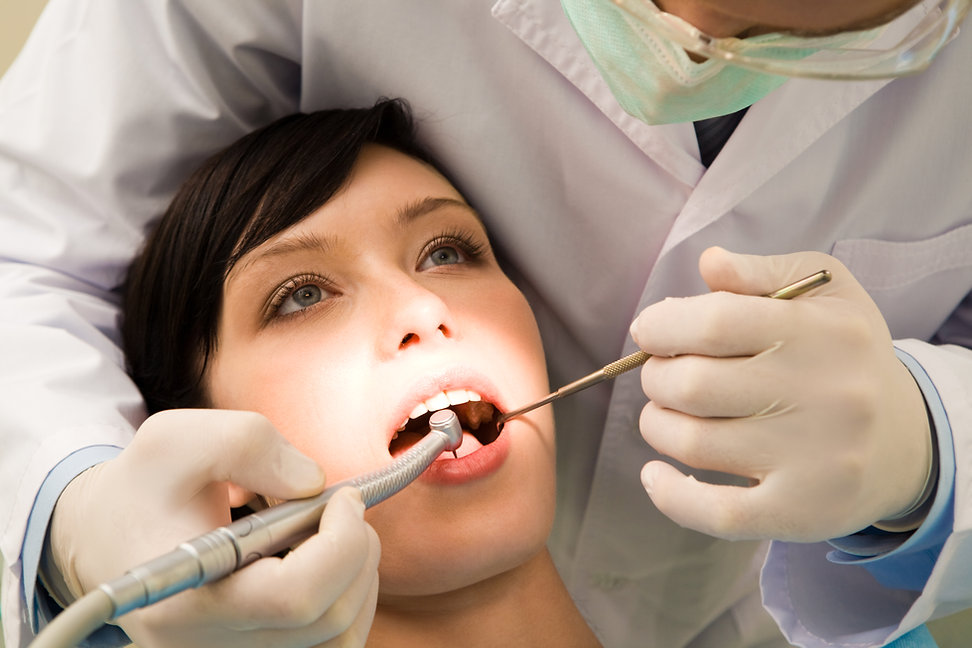 ORAL SURGERY MANUEL DENTAL.jpg