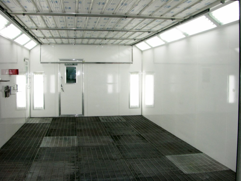 Spraybooth after cleaning