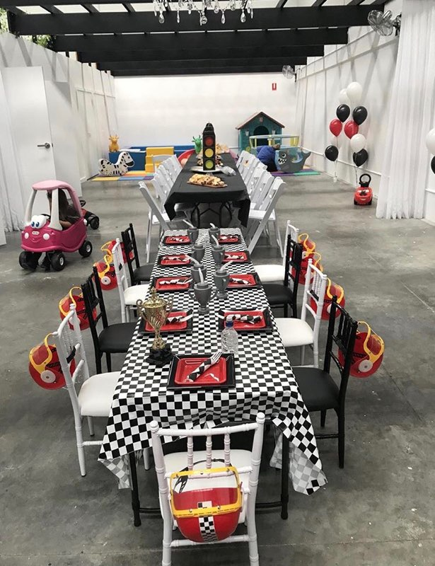 cars themed party1