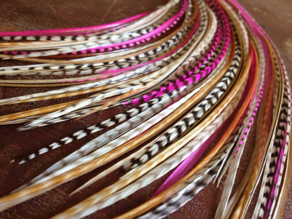 Feather hair extension - photo via pinterest