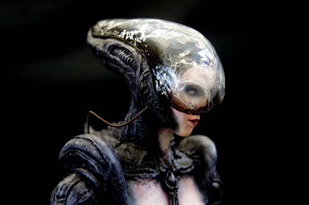 Alien Girl