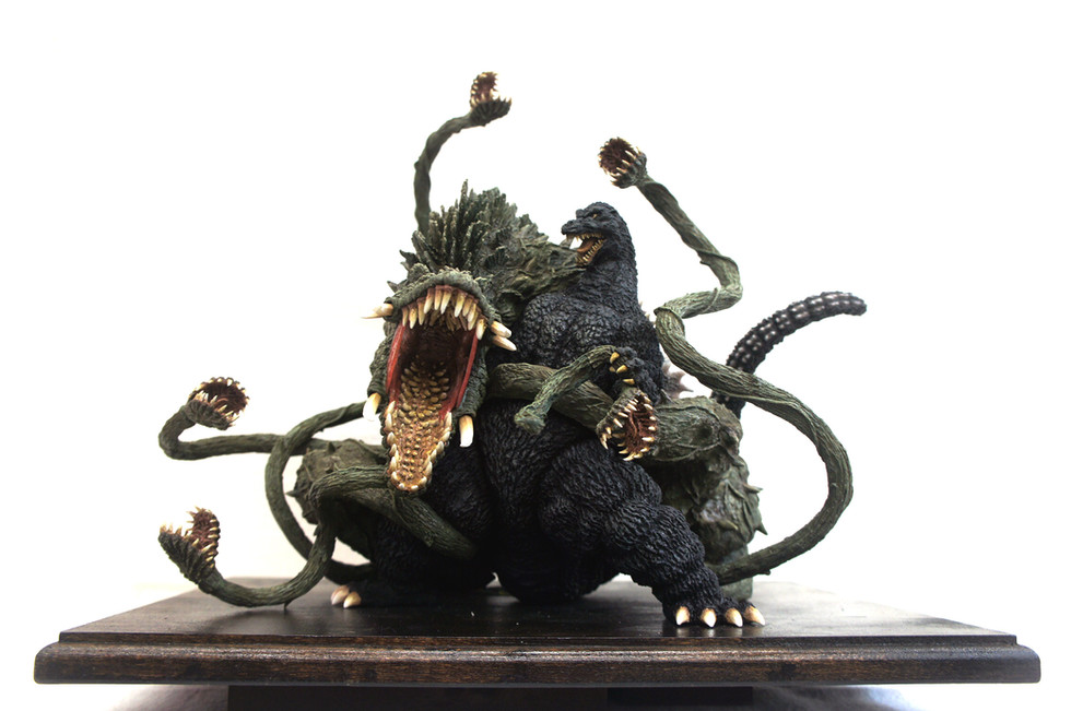 Godzilla vs Biollante Diorama