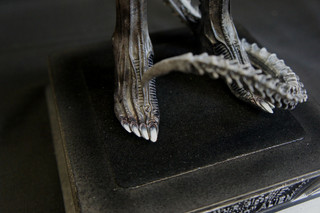 HR.GIGAミュージアムのビッグチャップを佐野好彦が全身版