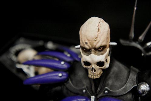 韮沢靖:お仕置き棺棺像