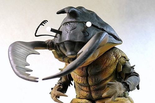 Ultraman Kaiju Antlar resin cast model 磁力怪獣アントラー