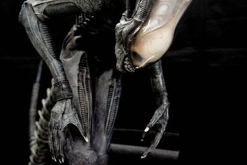 H.R. Giger Big Chap Alien & Jonesy 1:4 Diorama Art Statue
