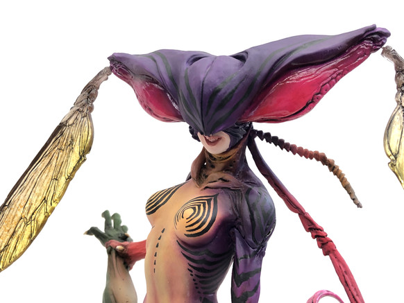 Bee Woman vs Kamen Rider