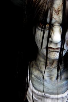 山村貞子像 The Ring : Sadako (Samara)
