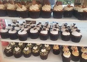Sweet N' Dainty Cupcakery