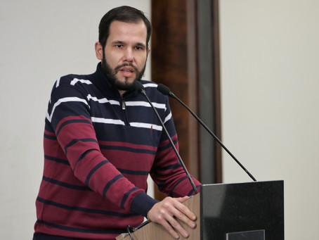 Vereador busca alvará provisório para comércios em regularização