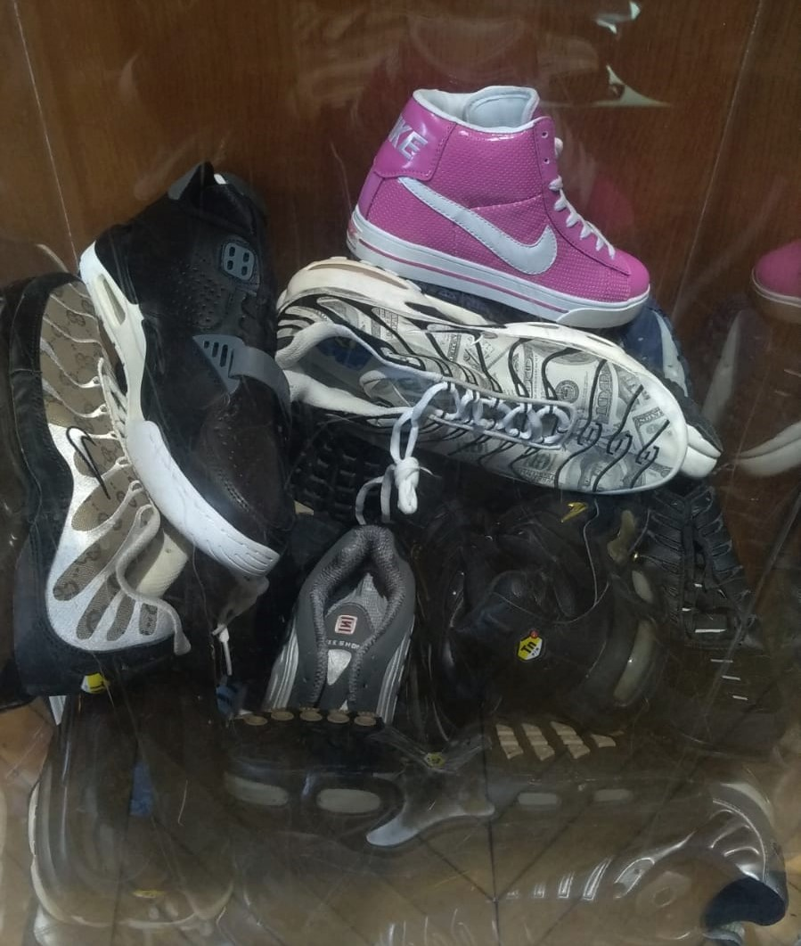 Pile of knockoff sneakers