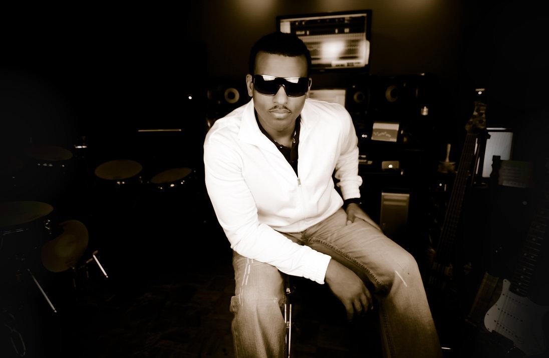 Multi-Platinum music producer, Blu2th, in his Los Angeles recording studio