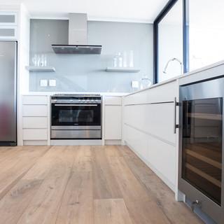 Sybaris Kitchens Knysna Website-9.jpg