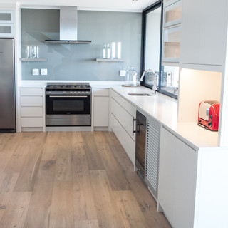 Sybaris Kitchens Knysna Website-5.jpg