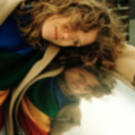 Franzi-rainbowroof-PaulGregor.jpg