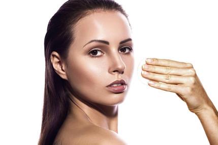 Gesichtsölfettige Haut