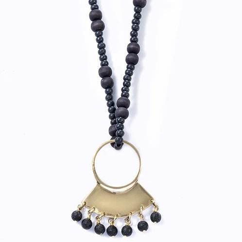 Maasai Beaded Necklace :: Ebony Hues
