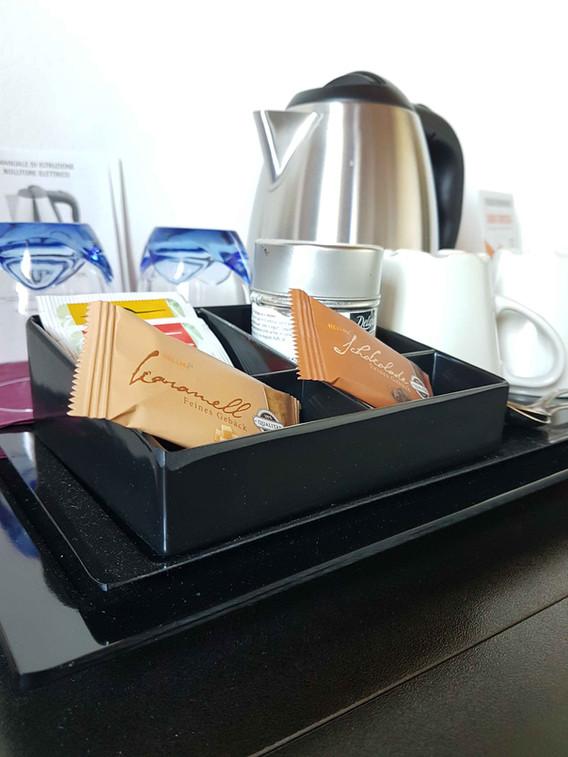 Bollitore elettrico per tè e tisane
