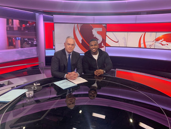 BBC News Huw Edwards.jpeg