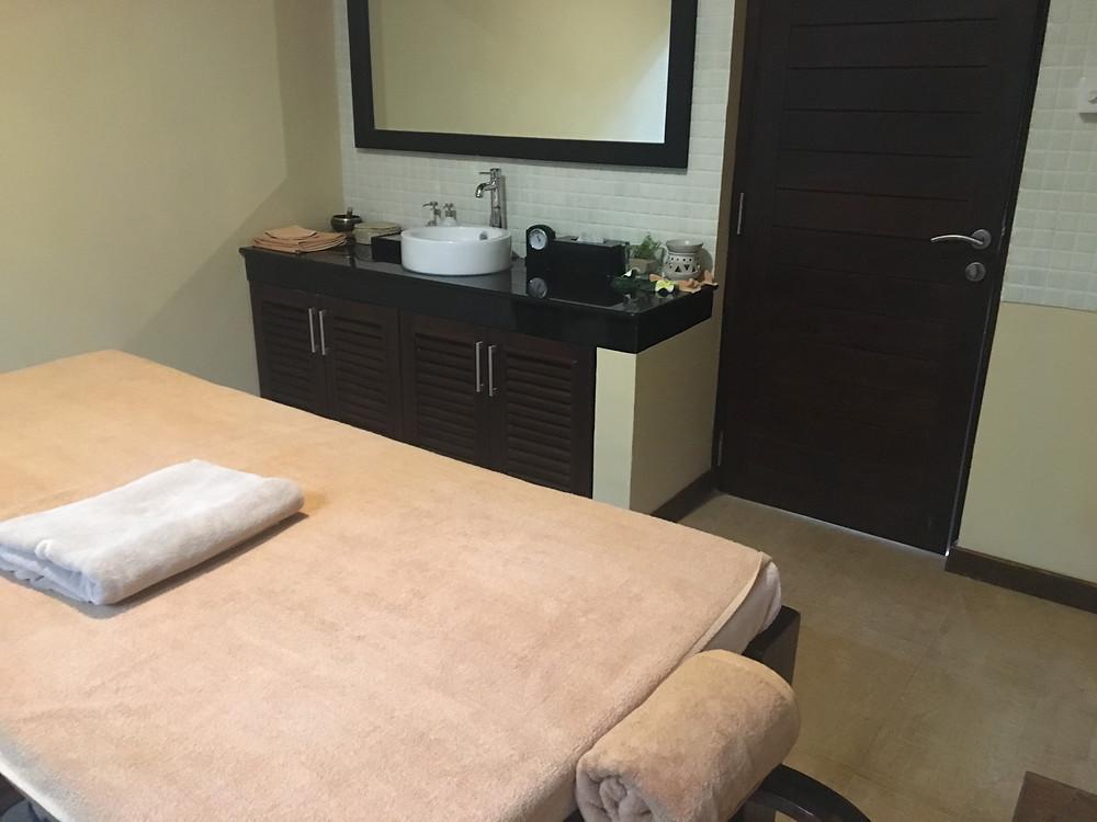 Sri lanka spa treatment room.JPG