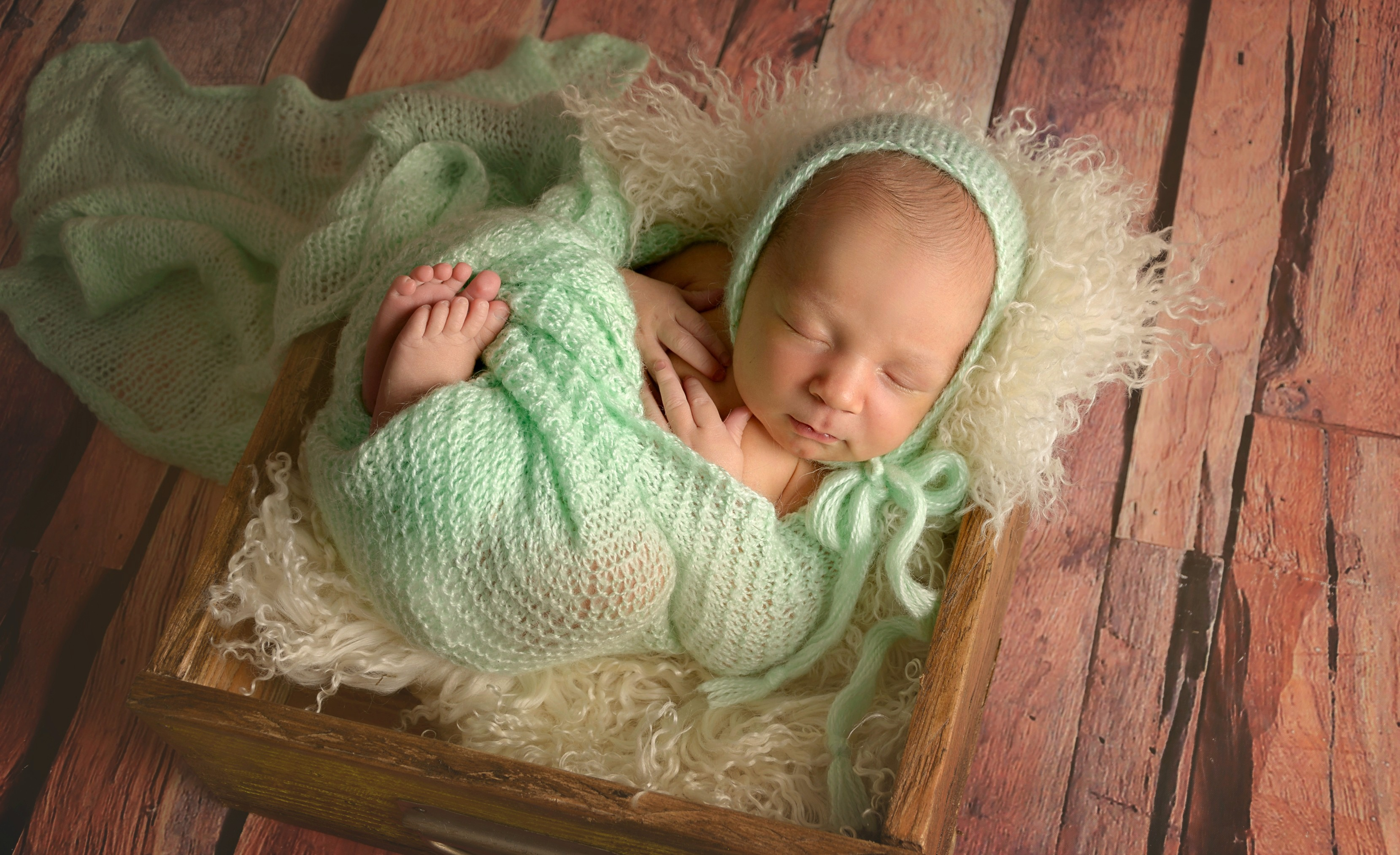 newborn boy soft mint picture