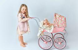 newborn siblings photography
