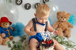 boy smash cake London