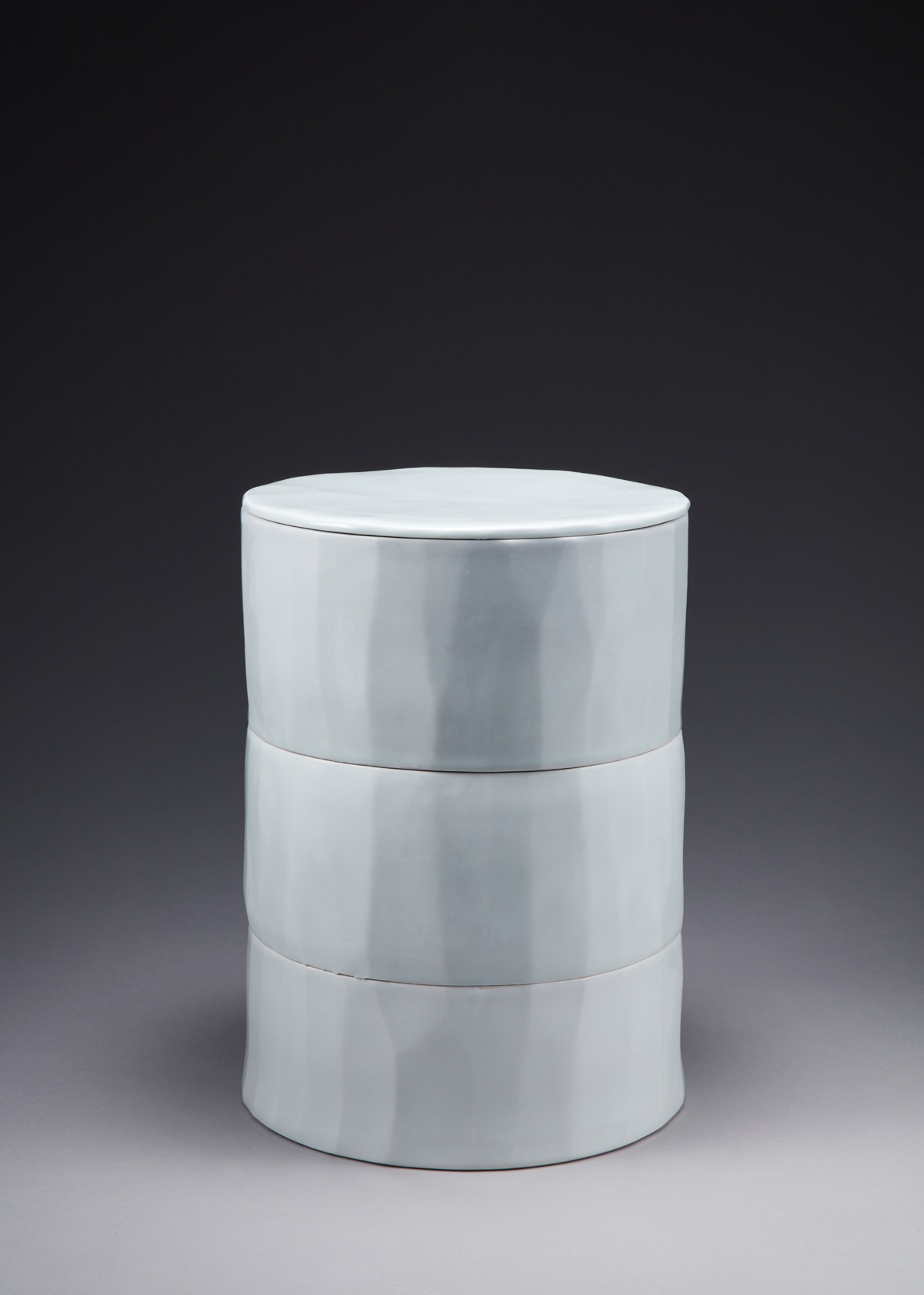 백자 삼단합 Three stories white porcelain container with lid