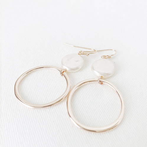 The River Pearl Earrings, Rose Gold