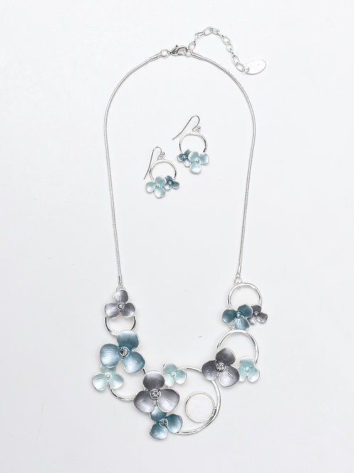 The Flower Pearl Set