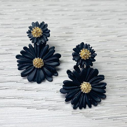 The Daisy Drops, Black