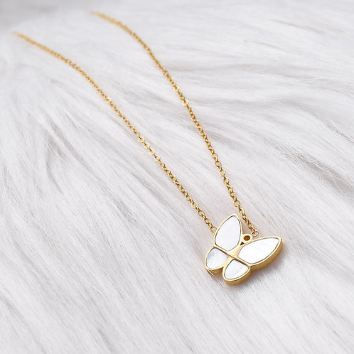 The Butterfly Effect, Necklace