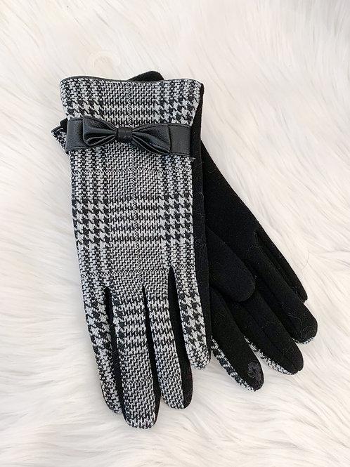 The Plaid Bowtie Glove