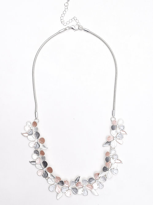 The Imprinted Floral Necklace