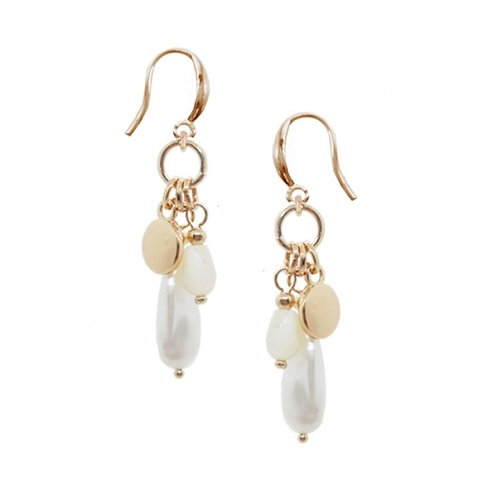 The Flouncy Pearl Earring