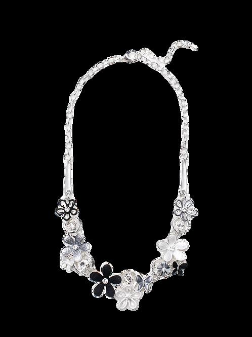 Dauntless Daisy Necklace
