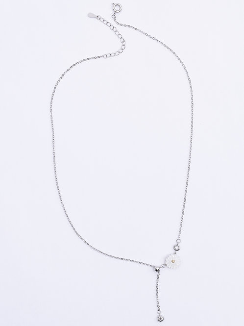 The Delicate Flower Drop Necklace