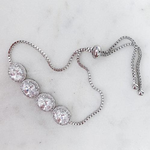 The Queen Oval Bracelet