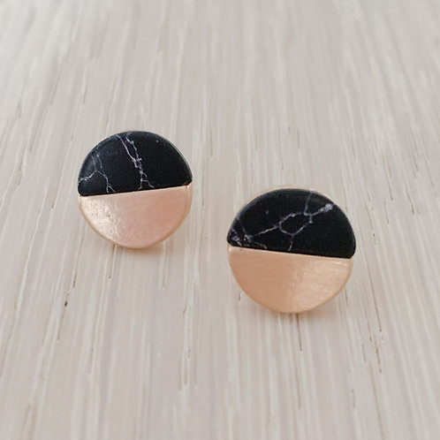 The Golden Onyx Studs