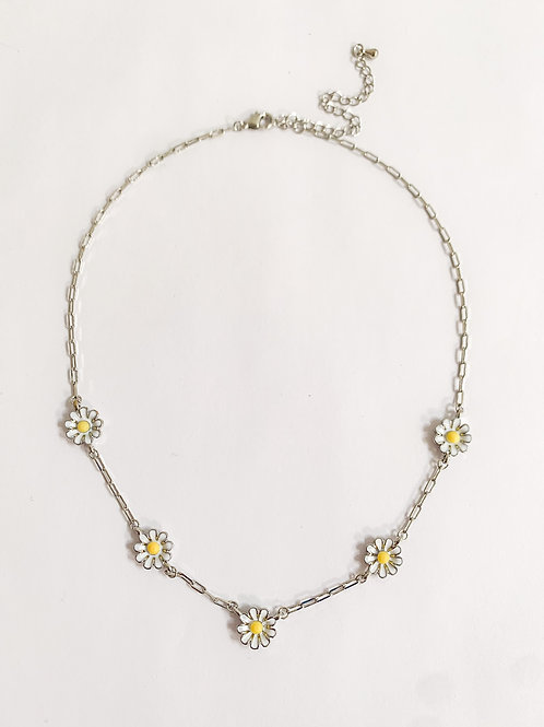 The Daisy Necklace, Silver