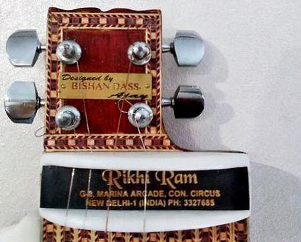 1990s Rikhi Ram Bishan Dass Travel Sitar
