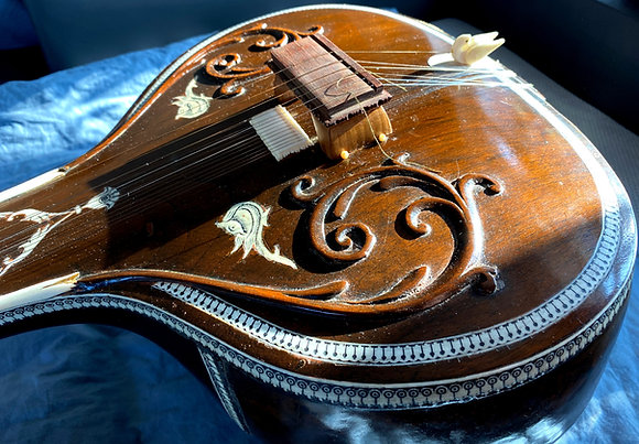 """Early 1970s Rikhi Ram """"Offset 8"""" Necklace Sitar"""