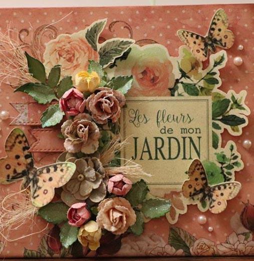 """Album Petit/Small """"Thématique: Fleurs de mon jardin"""". 7 1/2 x 6 1/2 (10 pages) $50"""