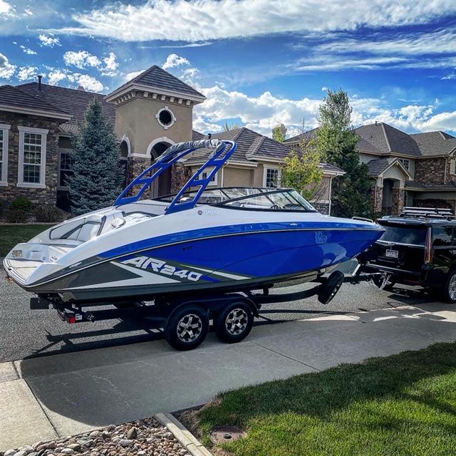 New Yamaha Boat 24'
