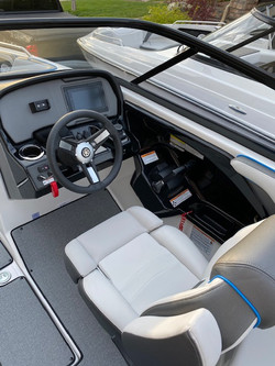 Cockpit Ar240
