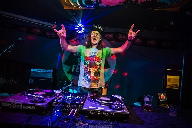 DJ Slynk