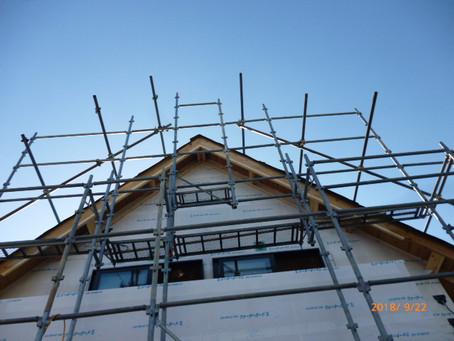 屋根の勾配は45度です。