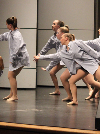 Junior Lyrical Group at Dress Rehearsal
