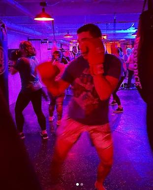Screen Shot JukeBoxNYC Boxing13.png