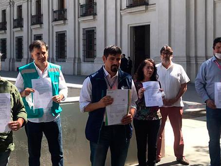 Alcalde Juan Carrasco junto a ediles de distintas comunas solicitan cuarentena total al Presidente